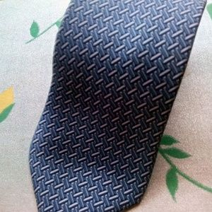 HERMES Blue Grey # 5080 PA Mens Silk Tie